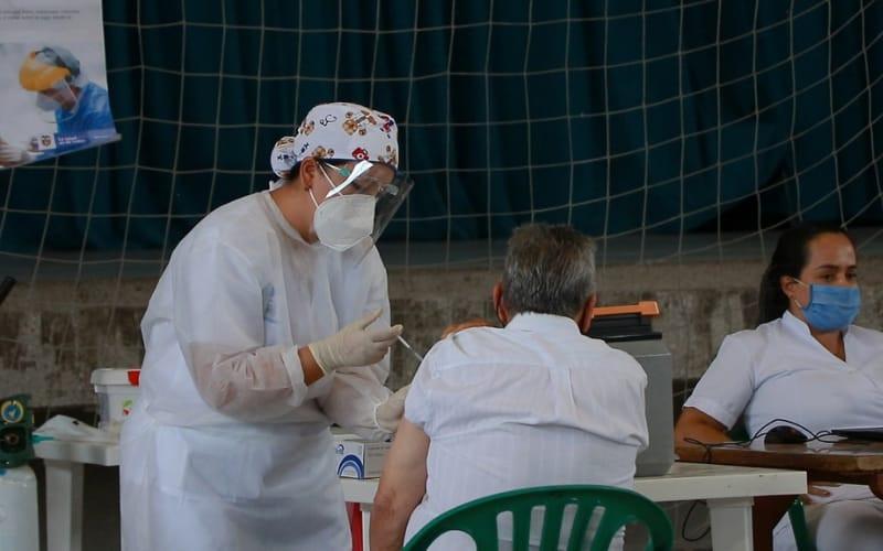 Este festivo no deje de vacunarse en Piedecuesta
