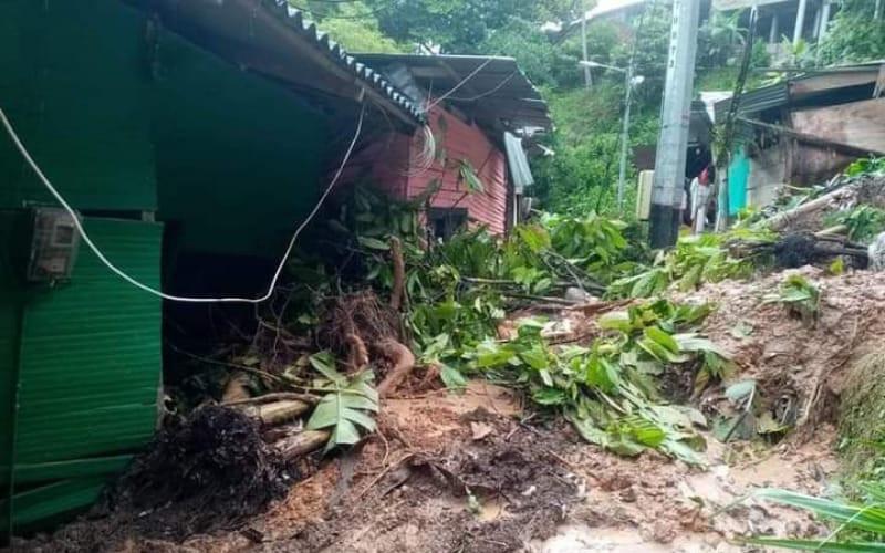Casas afectadas por derrumbe en Barrancabermeja