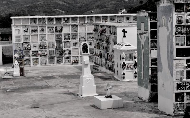 Sin visitas al cementerio Católico de Piedecuesta