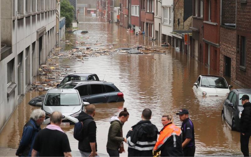 Imágenes: Dramáticas inundaciones golpean a Europa