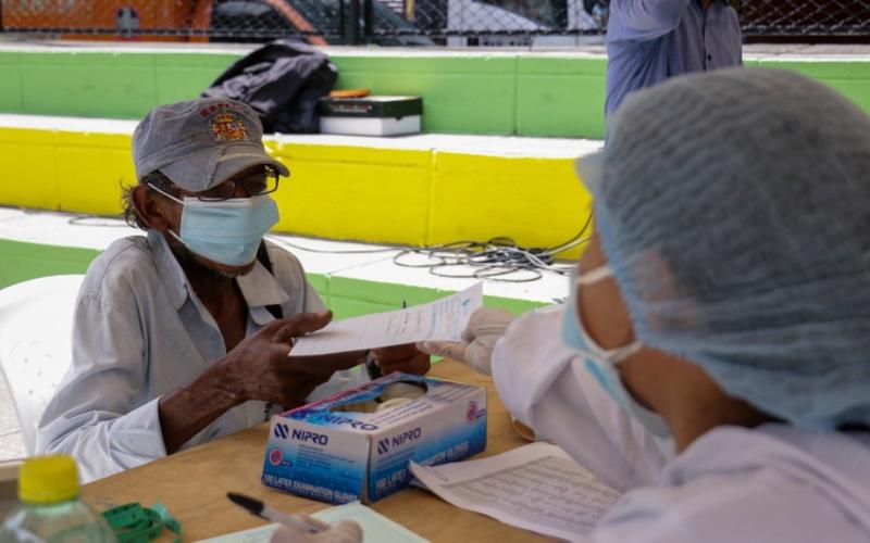 El 'Municipio Dulce' vacunó a habitantes de calle