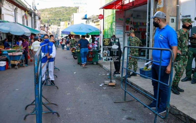 Autoridades 'garroteras' buscan recuperar el espacio público