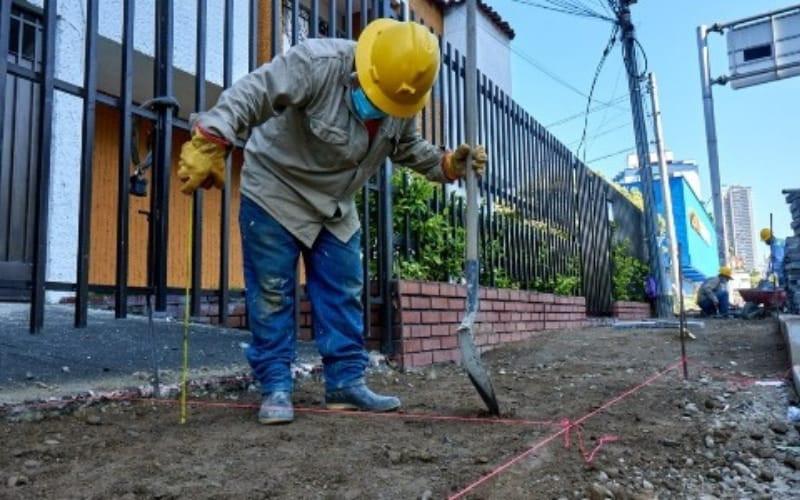 Alcaldía en contratación para recuperar espacios públicos
