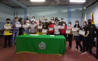 En Bucaramanga hay 22 nuevos promotores de seguridad