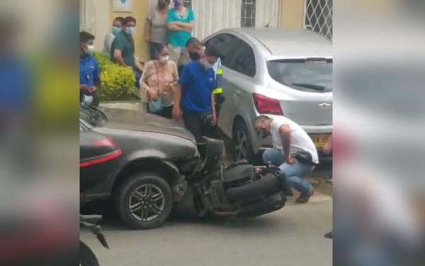 Un carro en contravía le 'cerró' la vida a Cristian