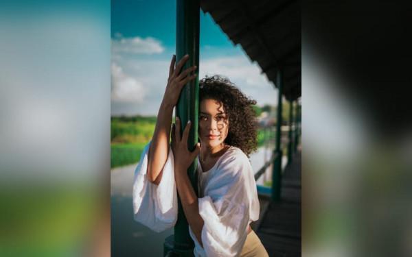 'A Levanta' cabeza' con la música de Kiara de la Ossa
