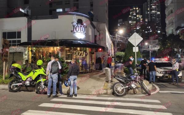 Violento atraco en pizzería de Bucaramanga