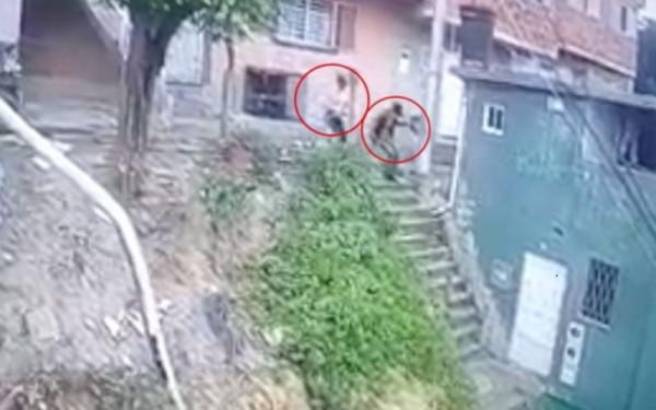 CAPTAN EN VIDEO A HOMICIDAS DE FUTBOLISTA EN BGA
