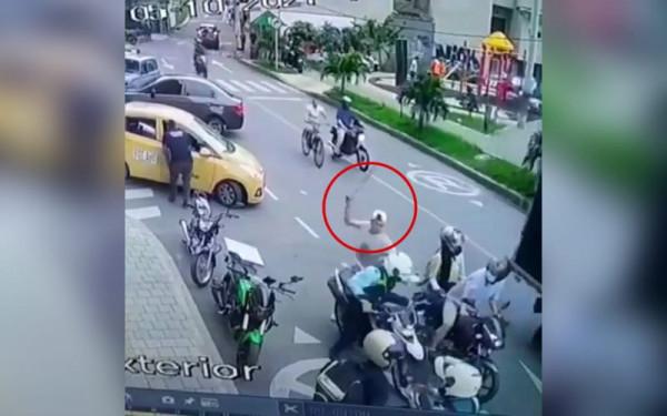 Le dieron machete a un agente de tránsito en Itagüí